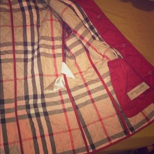 Burberry woman's quilted jacket (Red)